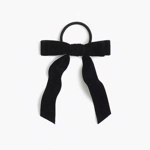 J. Crew Accessories - 🌿 Jcrew velvet hair bow
